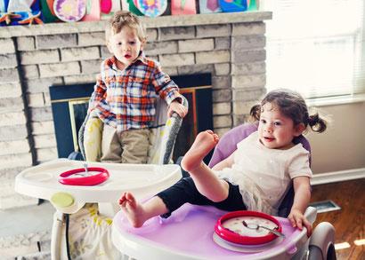 welcher hochstuhl ist der richtige f r mein kind. Black Bedroom Furniture Sets. Home Design Ideas